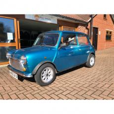 CLASSIC MINI SIDE WALK ONLY 1 OWNER FROM NEW
